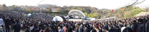 10,000 fans at Yomiuri land